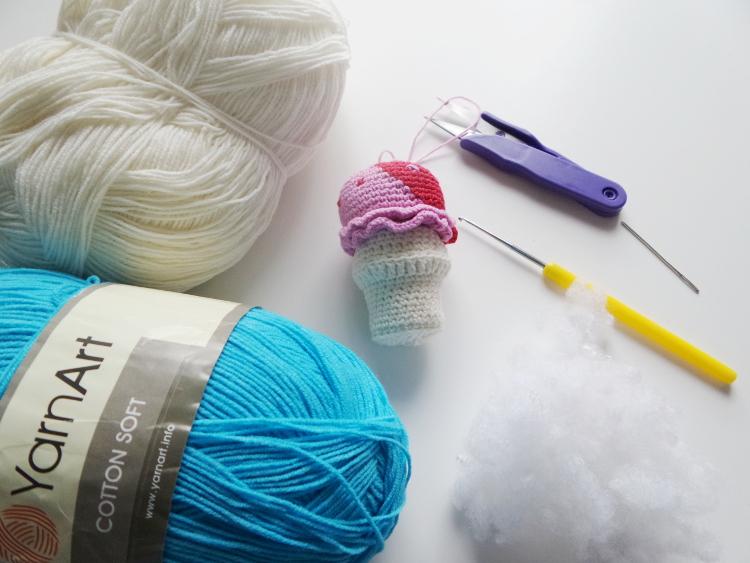 tydzień przedświąteczny, Szkoła Szydełkowania, lód w wafelku, tutorial, szydełkowanie, crochet, crochet ice cream
