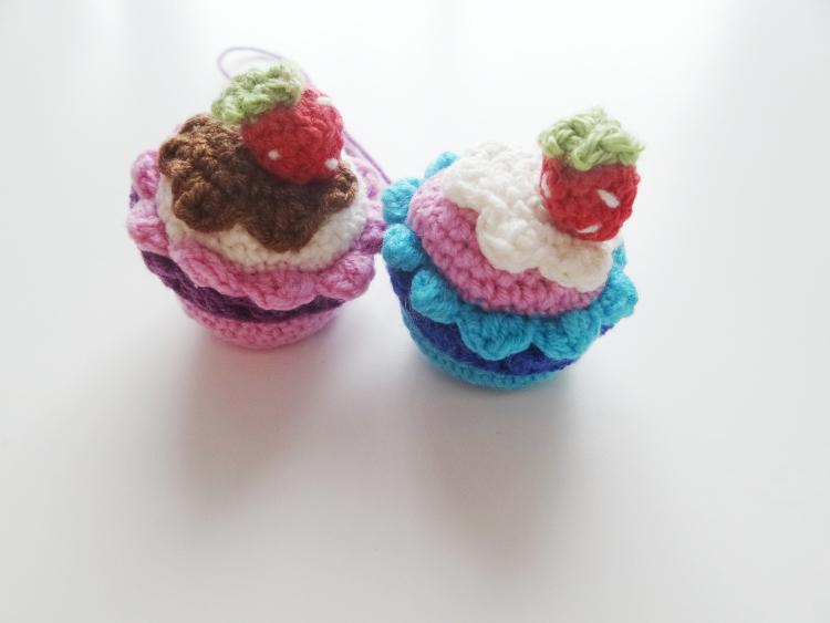 tydzień przedświąteczny, Szkoła Szydełkowania, szydełkowa muffinka, szydełkowe ciastko, tutorial, szydełkowanie, crochet, crochet muffin, crochet cake
