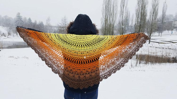 chusta na szydełku, Kolorowe włóczki, crochet shawl, Szkoła Szydełkowania